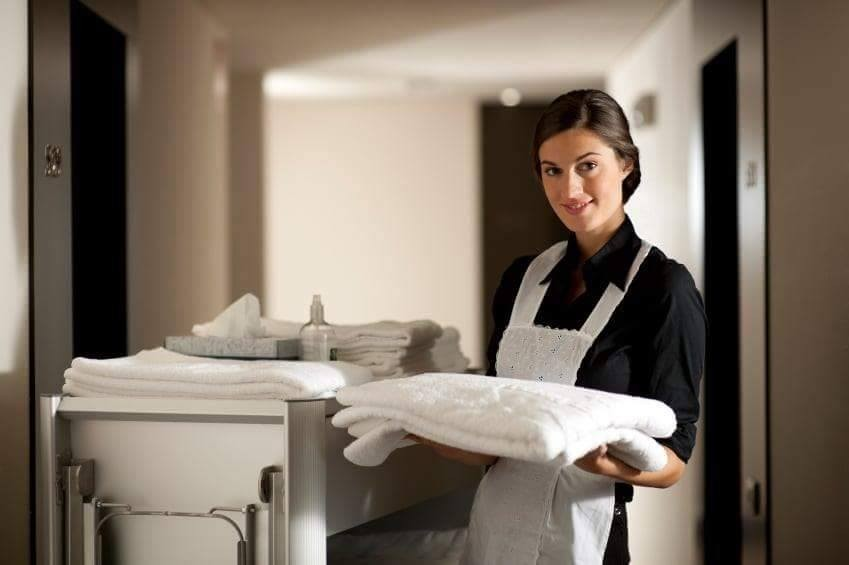 PHS Job 389, Full-time live-in housekeeper, Central London, Salary: 500 GBP/week (net)