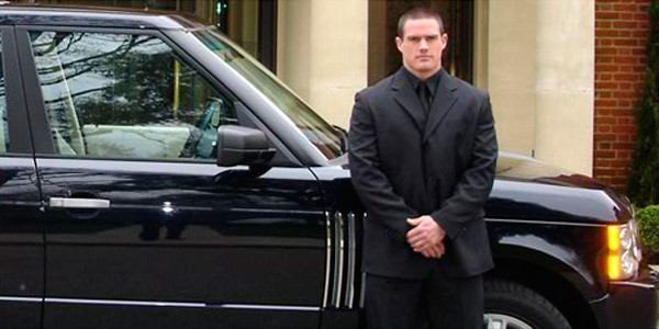 The Close Protection a Body Guard offers.