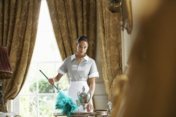PHS Job 1577, Live IN Housekeeper Job, Full Time cleaner vacancy, Kensington job, London job, Salary 35000 GBP / Year Gross